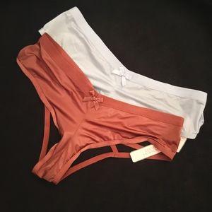 2 Victoria's Secret Very Sexy Cheeky Panties